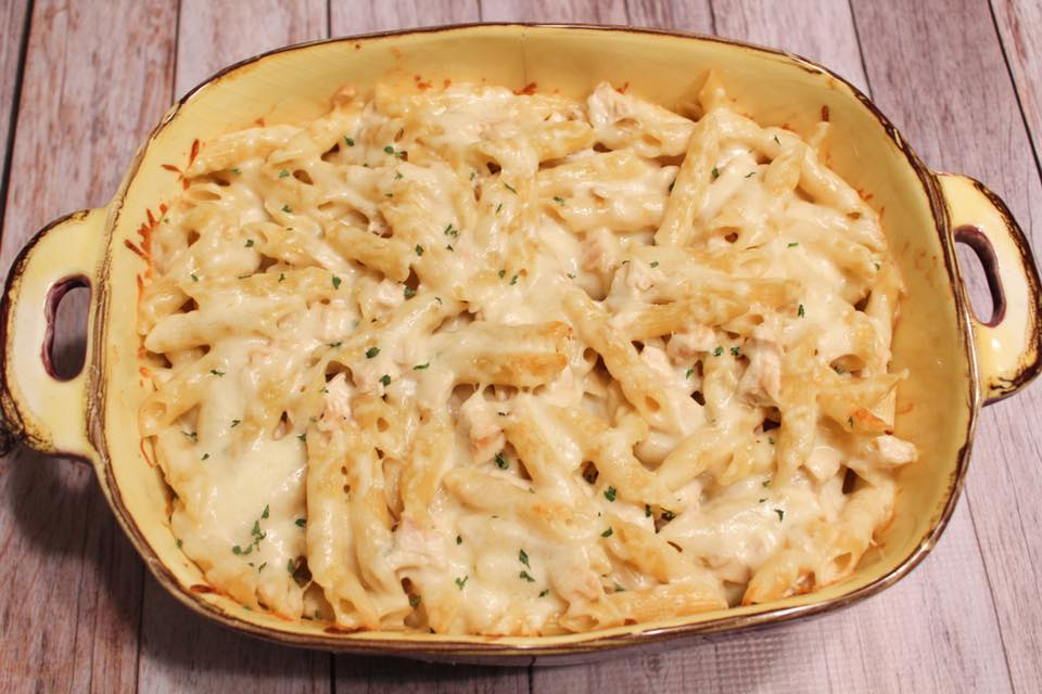 Chicken Alfredo Baked Penne - 6 Freestyle Points